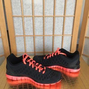Nike Free TR Fit Black Sneakers SZ 7